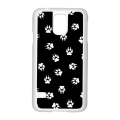 Footprints Dog White Black Samsung Galaxy S5 Case (white) by EDDArt