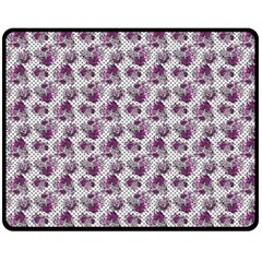 Floral Pattern Fleece Blanket (medium)