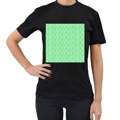 Floral Pattern Women s T Shirt (black)
