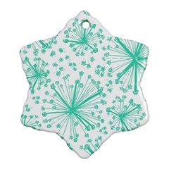 Pattern Floralgreen Ornament (snowflake)