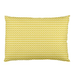 Pattern Yellow Heart Heart Pattern Pillow Case