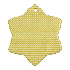 Pattern Yellow Heart Heart Pattern Ornament (Snowflake)