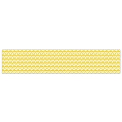 Pattern Yellow Heart Heart Pattern Flano Scarf (Small)