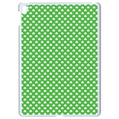 White Heart-Shaped Clover on Green St. Patrick s Day Apple iPad Pro 9.7   White Seamless Case