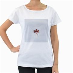 Winter Maple Minimalist Simple Women s Loose Fit T Shirt (white)