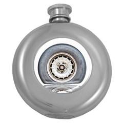 Flat Tire Vehicle Wear Street Round Hip Flask (5 Oz)