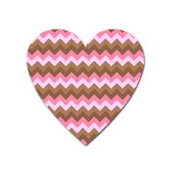 Shades Of Pink And Brown Retro Zigzag Chevron Pattern Heart Magnet