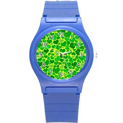 Sparkling Hearts, Green Round Plastic Sport Watch (s) by MoreColorsinLife