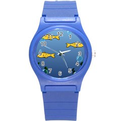 Water Bubbles Fish Seaworld Blue Round Plastic Sport Watch (s) by Mariart