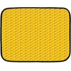 Yellow Dots Pattern Fleece Blanket (mini)