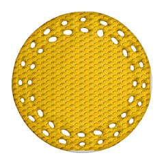 Yellow Dots Pattern Ornament (round Filigree)
