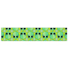Alien Pattern Flano Scarf (small)