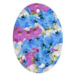 Tulips Floral Pattern Ornament (Oval)