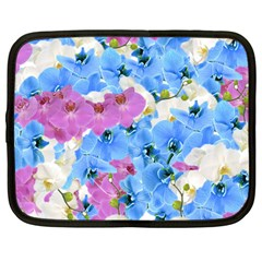 Tulips Floral Pattern Netbook Case (large) by paulaoliveiradesign