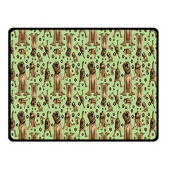 Puppy Dog Pattern Fleece Blanket (small)