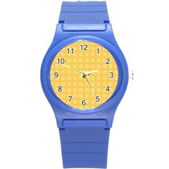 Yellow Pattern Background Texture Round Plastic Sport Watch (s)