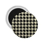 HOUNDSTOOTH2 BLACK MARBLE & BEIGE LINEN 2.25  Magnets