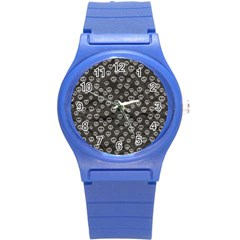 Skull Halloween Background Texture Round Plastic Sport Watch (s)