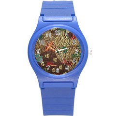 Art Traditional Flower  Batik Pattern Round Plastic Sport Watch (s)
