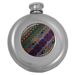 Batik Art Pattern  Round Hip Flask (5 Oz) by BangZart