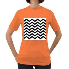 Black And White Chevron Women s Dark T Shirt by BangZart