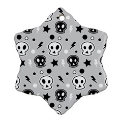 Skull Pattern Ornament (snowflake)