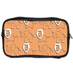 Lion Pattern Wallpaper Vector Toiletries Bags 2 Side by Nexatart