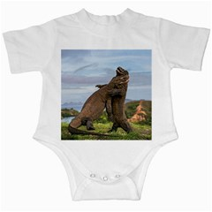 Komodo Dragons Fight Infant Creepers