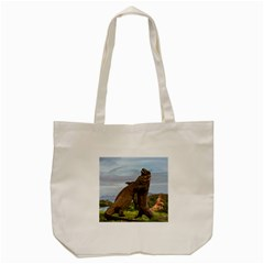 Komodo Dragons Fight Tote Bag (cream) by Nexatart