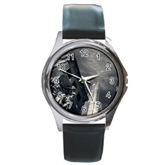 Chicago Skyline Tall Buildings Round Metal Watch