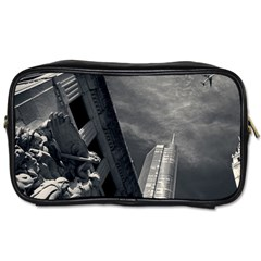 Chicago Skyline Tall Buildings Toiletries Bags