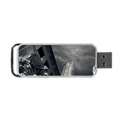 Chicago Skyline Tall Buildings Portable Usb Flash (two Sides) by BangZart