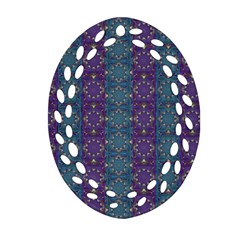 Retro Vintage Bleeding Hearts Pattern Oval Filigree Ornament (two Sides) by pepitasart