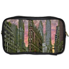 Flat Iron Building Toronto Ontario Toiletries Bags
