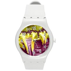 Yellow Magenta Abstract Fractal Round Plastic Sport Watch (m)