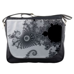Apple Males Mandelbrot Abstract Messenger Bags