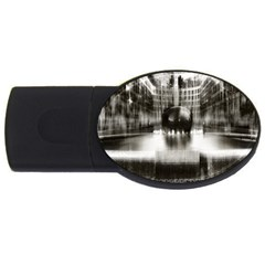 Black And White Hdr Spreebogen Usb Flash Drive Oval (2 Gb)