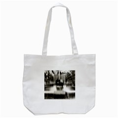 Black And White Hdr Spreebogen Tote Bag (white)