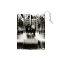 Black And White Hdr Spreebogen Drawstring Pouches (small)