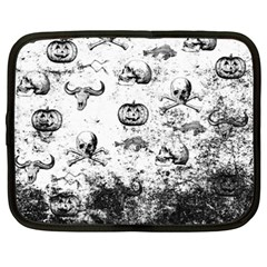 Vintage Halloween Pattern Netbook Case (xxl)  by Valentinaart