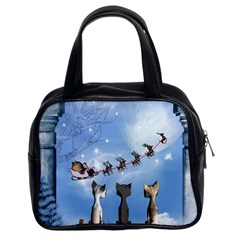 Christmas, Cute Cats Looking In The Sky To Santa Claus Classic Handbags (2 Sides) by FantasyWorld7