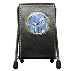 Christmas, Cute Cats Looking In The Sky To Santa Claus Pen Holder Desk Clocks by FantasyWorld7