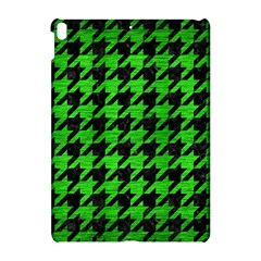 Houndstooth1 Black Marble & Green Brushed Metal Apple Ipad Pro 10 5   Hardshell Case by trendistuff