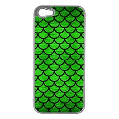Scales1 Black Marble & Green Brushed Metal (r) Apple Iphone 5 Case (silver) by trendistuff