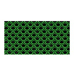 Scales2 Black Marble & Green Colored Pencil Satin Wrap