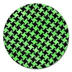 Houndstooth2 Black Marble & Green Watercolor Magnet 5  (round) by trendistuff