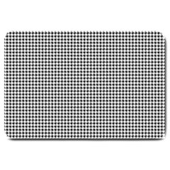 Classic Vintage Black And White Houndstooth Pattern Large Doormat by Beachlux