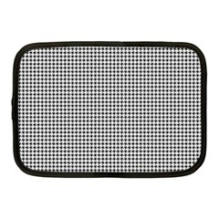 Classic Vintage Black And White Houndstooth Pattern Netbook Case (medium) by Beachlux