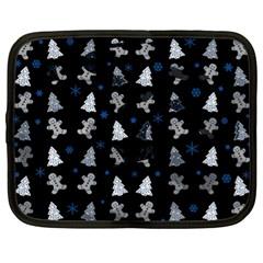 Ginger Cookies Christmas Pattern Netbook Case (xl)  by Valentinaart