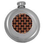 PUZZLE1 BLACK MARBLE & RUSTED METAL Round Hip Flask (5 oz) Front